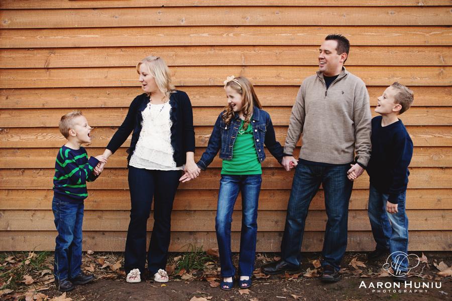 OC_family_portrait_Session_Irvine_Regional_Park_Ferguson_Family_01