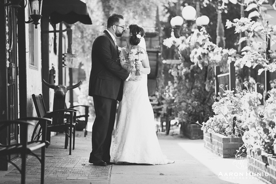 Bernardo_Winery_Wedding_San_Diego_Wedding_Photographer_Renita_Michael_057