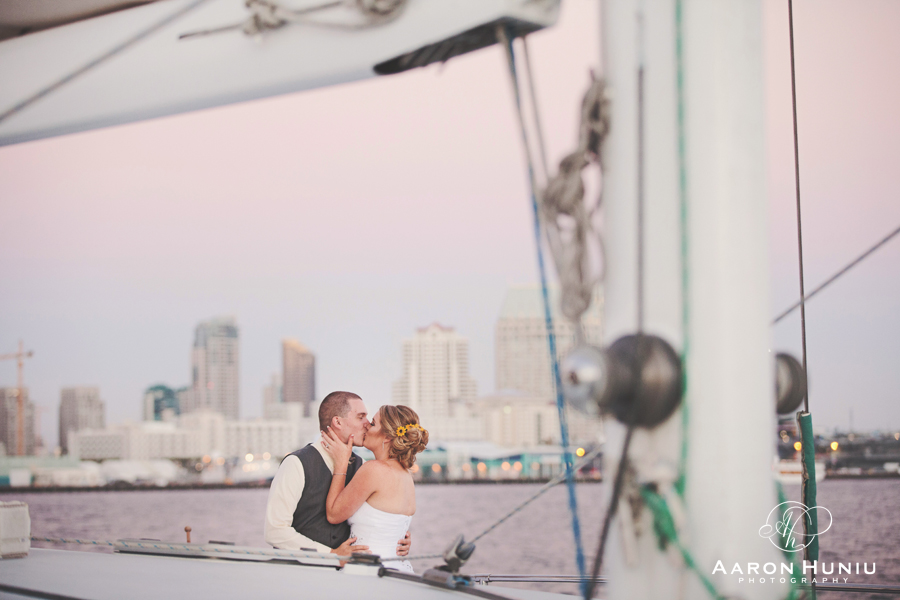 Aolani_Catamaran_Wedding_San_Diego_Photographer_Jennifer_Joseph_01
